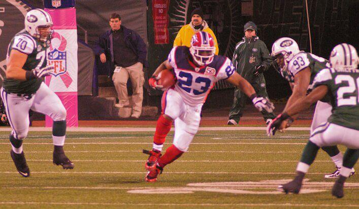 Marshawn_Lynch_vs_NY_Jets_October_2009